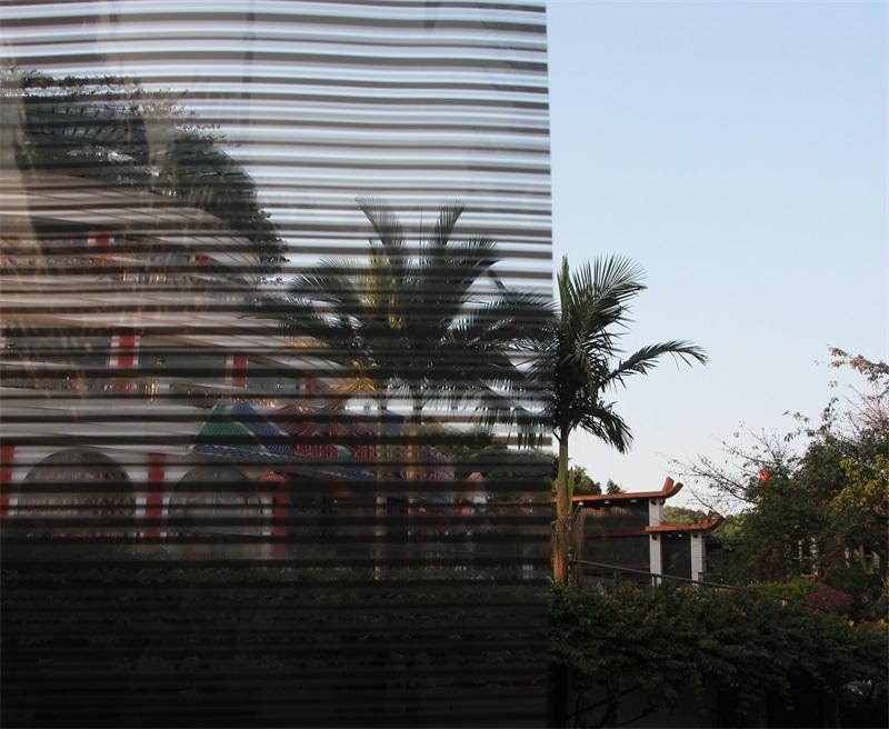 Decorative Window Tint no adhesive reusable 60inch*100ft stripe privacy decor window film